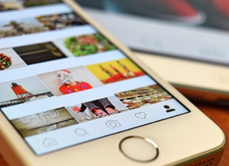 How to create a collage in Instagram Stories