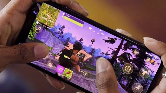 How your phone choice can affect game lag