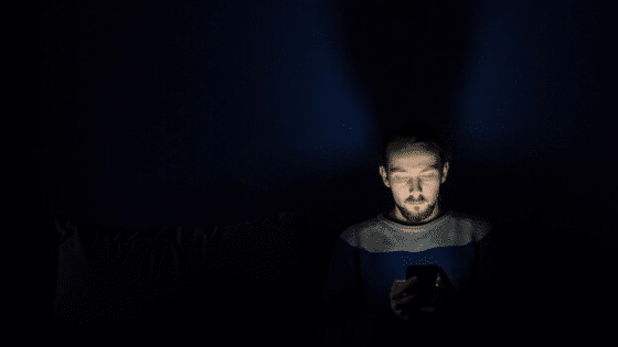 Why you should use blue light filter on Your mobile