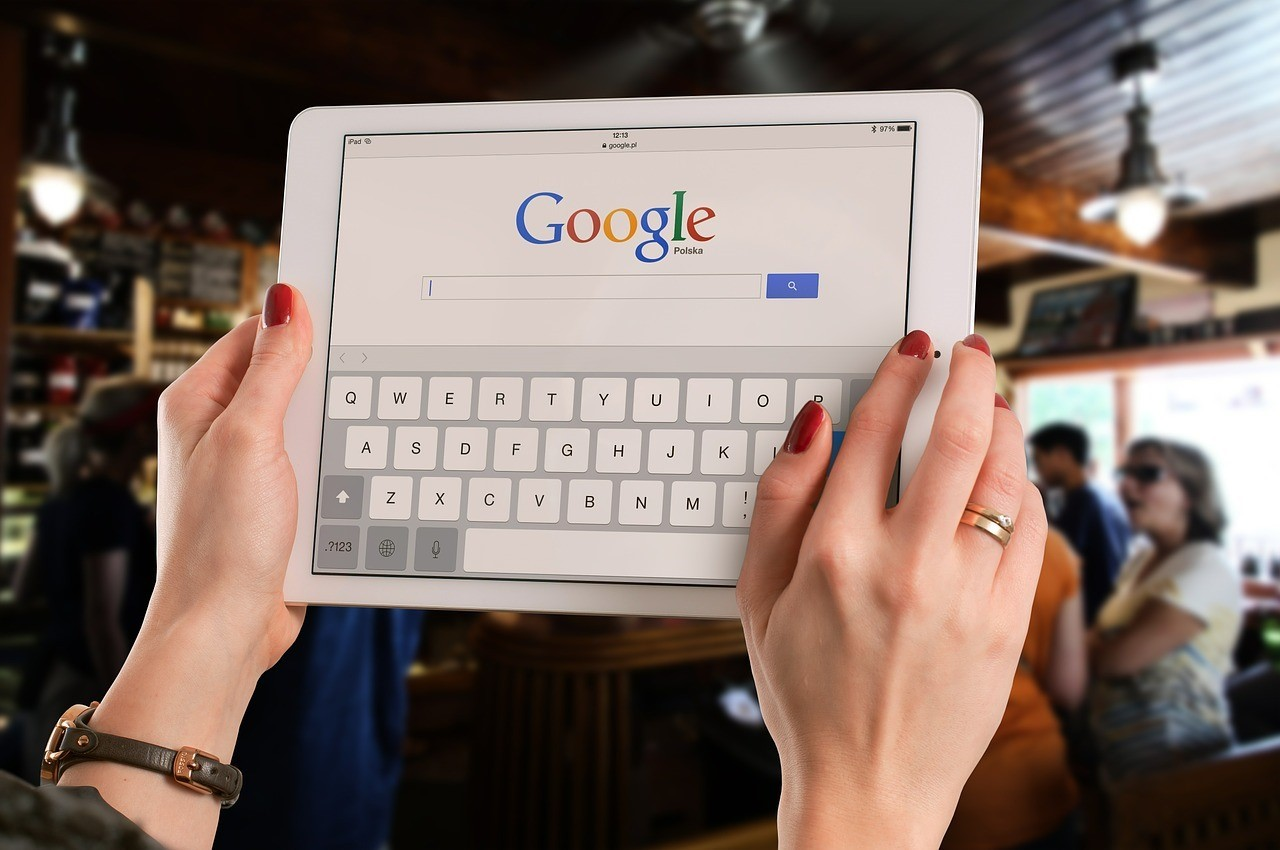 5 Simple Ways SMBs Can Optimize for Voice Search in 2020