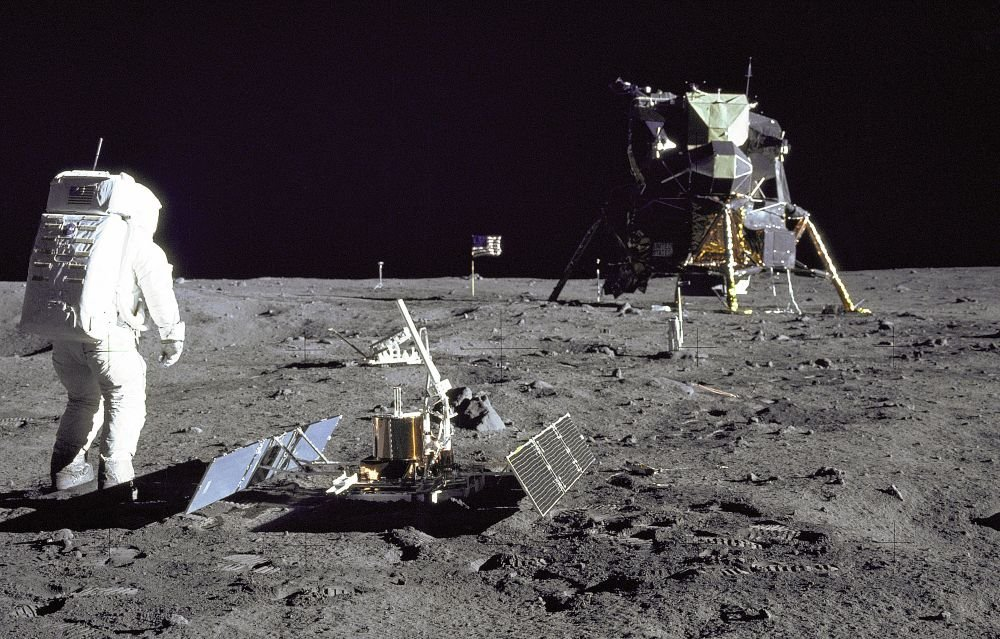 Apollo mission astronauts reported no problems with lightning strikes on the moon