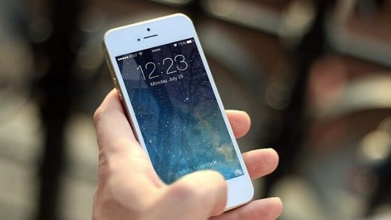 10 tips to make iPhone and iPad safer