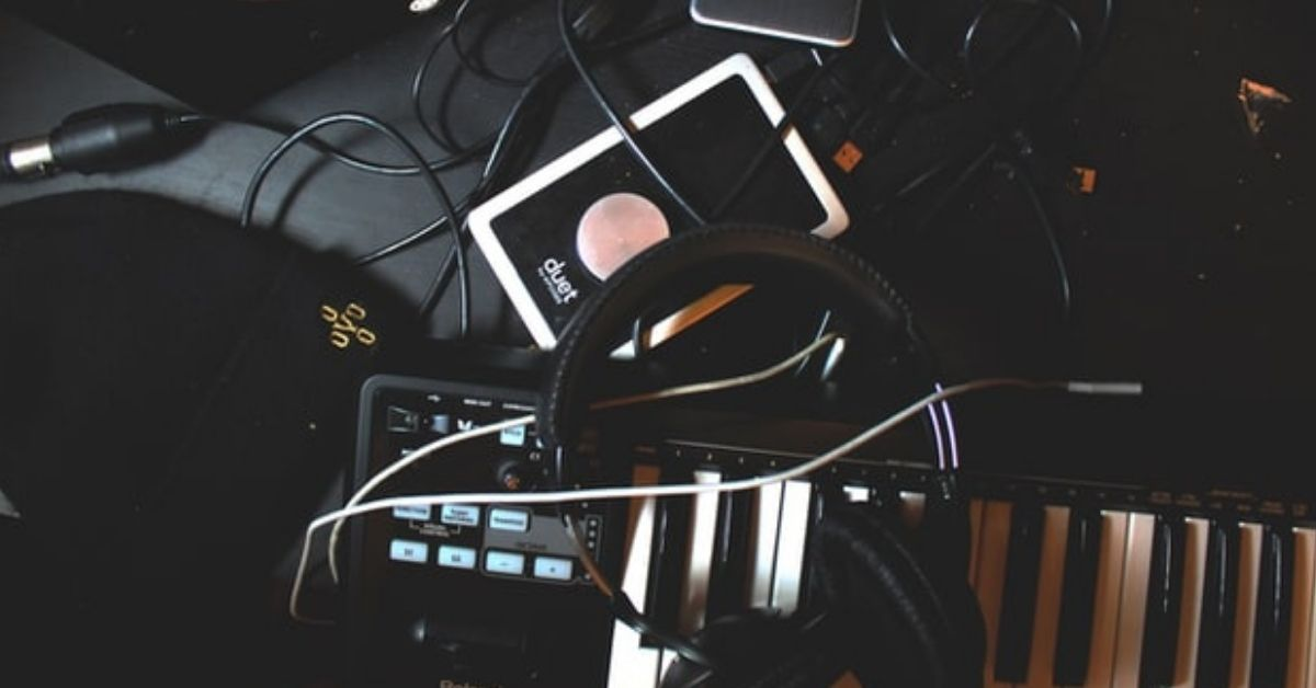 Best Websites to Compose Music Online for free